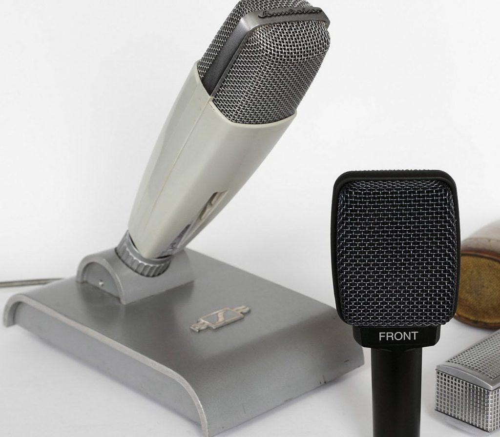 Dynamic vintage microphone